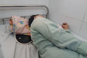 Người phụ nữ suýt chết vì hóc đầu gà trong thực quản