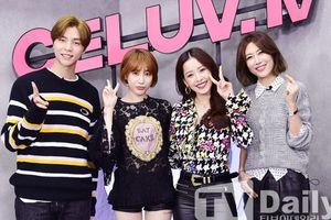 'Kim Tae Hee Việt Nam' Chi Pu xinh xắn bên Seo In Young và 'mỹ nam' Johnny của NCT 127