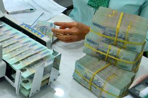 Nhiều ngân hàng báo lãi lớn, nợ xấu tăng cao bất ngờ