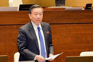 Bộ trưởng Tô Lâm: Người nước ngoài còn 'thận trọng' với thị thực điện tử