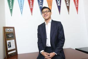 Khởi nghiệp năm 13 tuổi, tốt nghiệp Yale, ghi tên trong danh sách 'Forbes 30 under 30' ở tuổi 23, đây chính xác là con nhà người ta