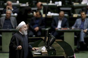 Mỹ áp dụng lệnh trừng phạt, Iran cảnh báo tình trạng chiến tranh