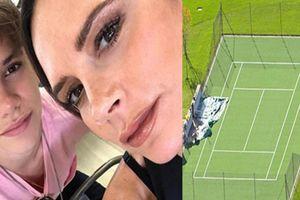 Vợ Beckham vung tiền tỷ xây riêng sân cỏ cho con trai trong khu biệt thự