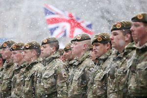 Thiếu biên chế, quân đội Anh 'mở cửa' với người nước ngoài
