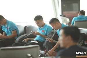 Thực hư đội tuyển Việt Nam bị cấm dùng điện thoại tại AFF Cup 2018?