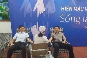 Eximbank tổ chức Ngày hội hiến máu vì cộng đồng 2018