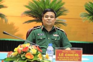 'Chấp hành pháp luật Nhà nước, kỷ luật quân đội là một trong những tiêu chí để đánh giá năng lực lãnh đạo'
