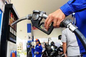Chiều nay, giá xăng giảm mạnh nhất từ đầu năm