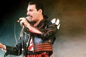 Freddie Mercury và tầm ảnh hưởng to lớn của người nổi tiếng lên nạn dịch AIDS (P.1)