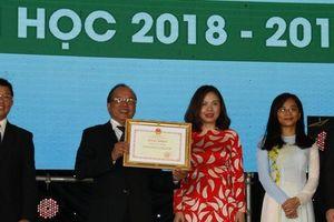 Bộ Giáo dục và Đào tạo, UBND TP.HCM tặng bằng khen cho Đại học Văn Hiến