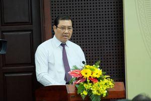 Chủ tịch Đà Nẵng trực tiếp quay phim vấn nạn cò xe, bến cóc
