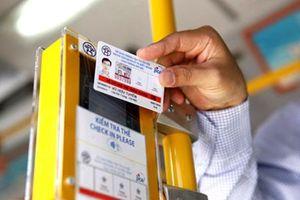 Vé xe buýt điện tử: Tiện nhưng cần sự liên thông