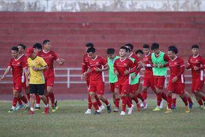 Đội tuyển Việt Nam nhận 'lệnh' họp kín, mổ băng soi sức mạnh tuyển Lào