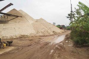 Xã Chu Minh (Ba Vì, Hà Nội): Bãi tập kết, trung chuyển vật liệu trái phép gây ô nhiễm môi trường