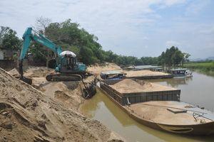 Quảng Nam: Cần xử lý nghiêm nạn khai thác cát trái phép ở bãi bồi sông Thu Bồn