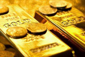 Giá vàng miếng trượt theo thế giới, USD tự do sụt mạnh