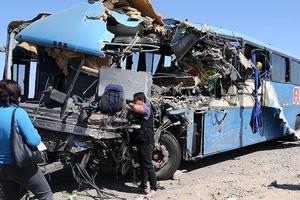 Tai nạn xe buýt nghiêm trọng ở Peru khiến ít nhất 18 người thiệt mạng