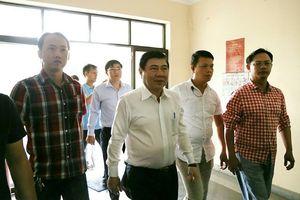Chủ tịch TP.HCM đang gặp người dân Thủ Thiêm