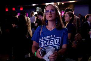 Không khí gay cấn tại Mỹ trước giờ đóng cửa bầu cử
