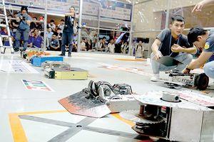 Khai mạc giải đấu Robot đại chiến 2018