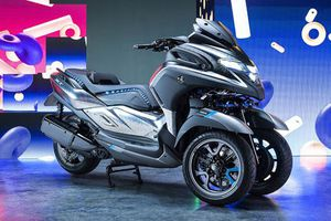 'Soi' xe tay ga 3 bánh Yamaha 3CT Prototype vừa ra mắt