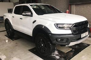 Ford Ranger Raptor 'chốt giá' hơn 1,4 tỷ đồng tại Hà Nội