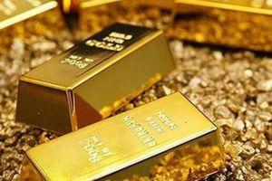 Giá vàng tiếp tục giảm, rơi xuống mức thấp