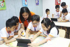 8 lợi ích của lập trình E-Robot Coding khi trẻ học từ sớm