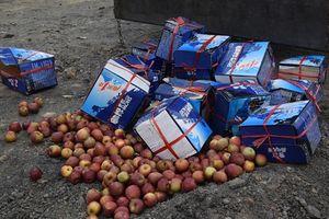 Bắt giữ, tiêu hủy hàng tấn hàng hóa không rõ nguồn gốc