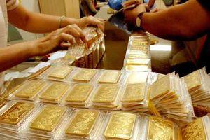 Giá vàng tiếp tục chìm sâu
