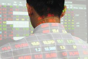 TTCK 7/11: Nhà đầu tư có tỷ trọng tiền mặt cao chưa nên vội vã giải ngân