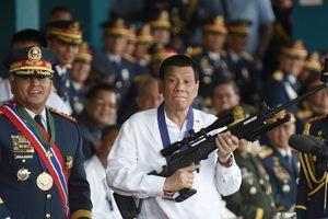 Tổng thống Duterte hứa thưởng tiền cảnh sát trừ khử đồng nghiệp 'ninja'