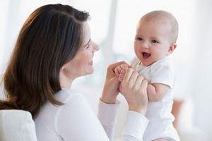 4 quyền lợi của lao động nữ có con dưới 1 tuổi cần nắm rõ