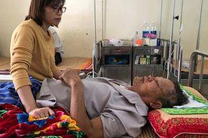 Giây phút vật lộn với kẻ sát hại nữ giáo viên ở Hưng Yên: 'Bị cứa cổ 2 lần nhưng tôi may mắn thoát nạn do đối tượng hoảng loạn nên cứa bằng sống dao'