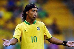Danh thủ Ronaldinho phá sản - tài khoản ngân hàng chỉ còn 5 bảng