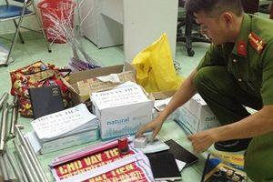 Nha Trang: Chặt đứt đường dây cho vay nặng lãi, phát hiện nhiều vũ khí 'nóng'