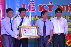 Ban Quản lý công trình phân lũ sông Đáy đón nhận Huân chương Lao động hạng Ba