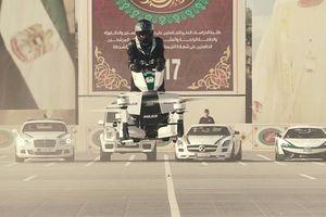 Cảnh sát Dubai cưỡi xe máy bay như trong phim viễn tưởng