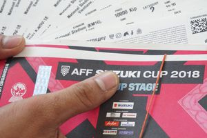 CĐV Việt Nam săn vé VIP xem trận ra quân tại AFF Cup