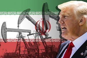 Ông Trump đã cứu giá dầu, lý giải miễn trừ với Iran