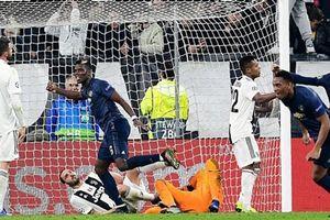 M.U lội ngược dòng ngoạn mục trên sân Juventus dù Ronaldo ghi bàn