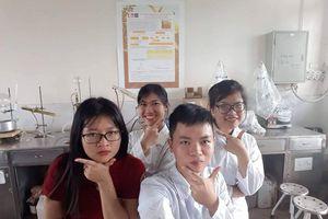 Sáng tạo trẻ: Thuốc bảo vệ thực vật thân thiện môi trường của sinh viên