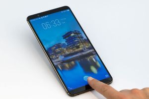 Qualcomm sẽ cung cấp cảm biến vân tay dưới màn hình cho Samsung