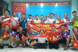 Những hình ảnh sôi động tại KTX Lào trước trận cầu tuyển Lào gặp Việt Nam