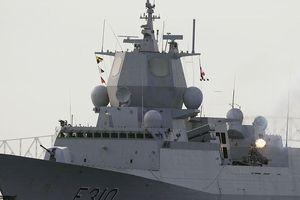 Tàu khu trục Na Uy đâm trúng tàu chở dầu, 7 người bị thương