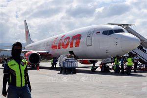 Chuẩn bị cất cánh, máy bay hãng Lion Air đâm vào cột mốc, hư hỏng nặng