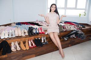 Hoa mắt với lượng váy áo khủng mà hoa hậu Tiểu Vy mang đến Miss World