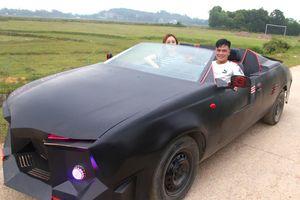 Chàng trai 9X độ 'siêu xe' mui trần để rước dâu từ chiếc ô tô chờ bán ve chai