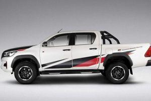 Toyota Hilux hầm hố hơn với nâng cấp từ Gazoo Racing