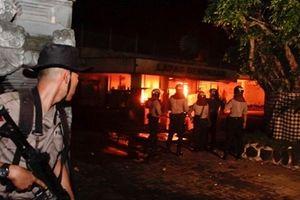 Khủng bố IS châm ngòi bạo loạn trong tù khiến 27 người thiệt mạng